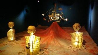 Suara Muara (The Sounds of the Estuary) - Papermoon Puppet Theatre
