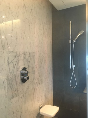 Hilton KL - Bathroom