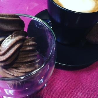CHOCOLATE SUGAR FREE SOFT SERVE & CAFE LATTEE